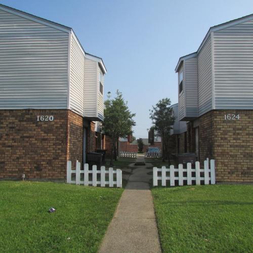 1620 Newport Place #D Photo 1
