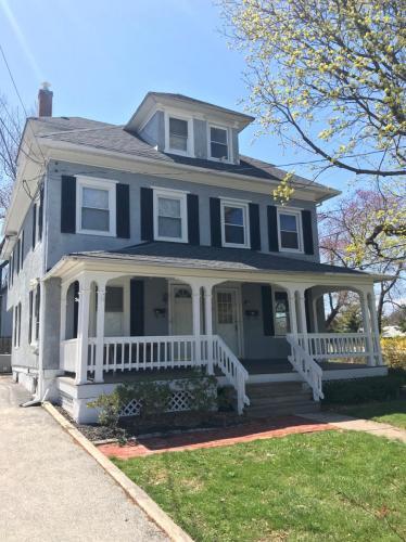 204 Poplar Avenue Photo 1