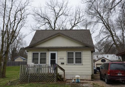 2222 SW 1st Street Photo 1