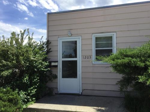 1203 E 6th Street Photo 1