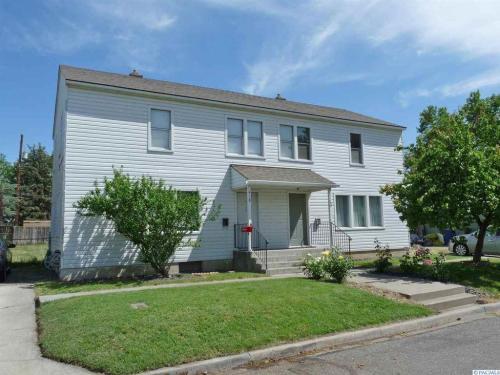 416 Delafield Avenue Photo 1