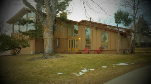 1009 S Garland Way Photo 1
