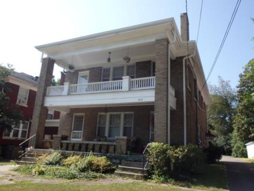 1312 Fontaine Road Photo 1