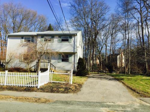 3 Concord Avenue Photo 1