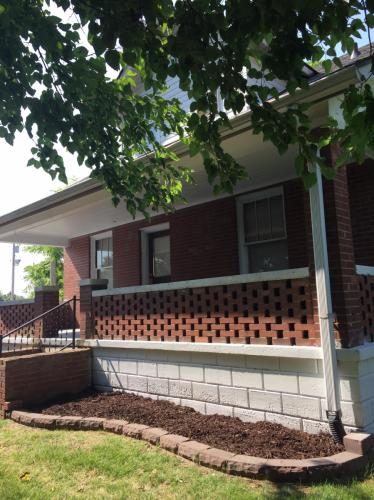 601 S Church Street Photo 1