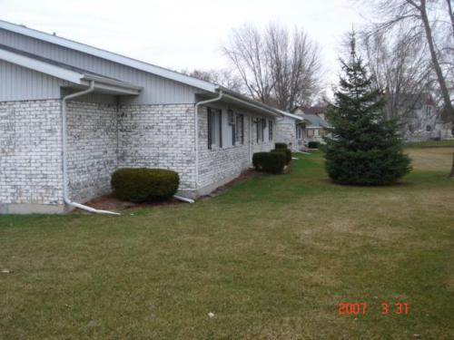 153 E Larrabee Street Photo 1