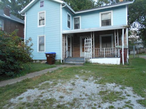 250 Elm Avenue Photo 1