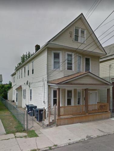 105 Ingham Avenue #FRONT Photo 1