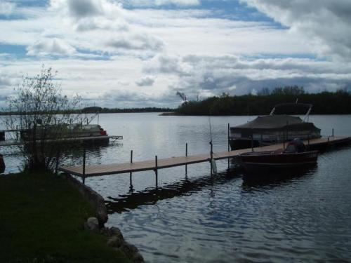 7915 W Wind Lake Road Photo 1