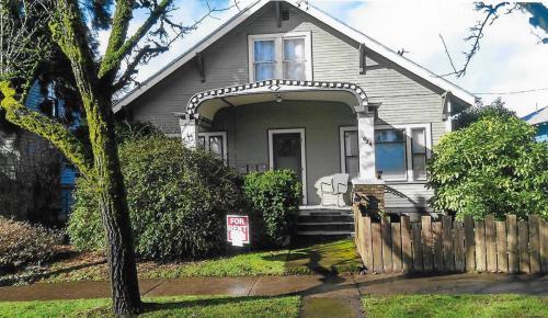 624 SW 3rd Street #3 Photo 1