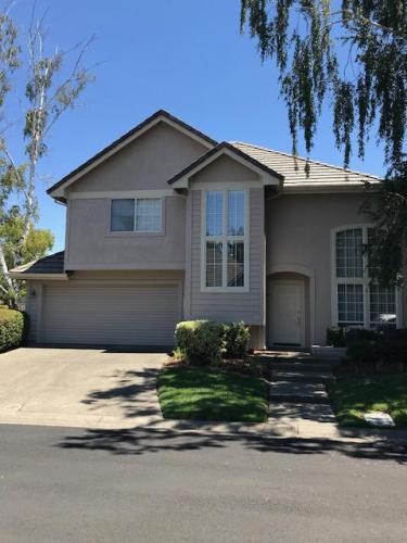 7669 Bridgeview Drive Photo 1
