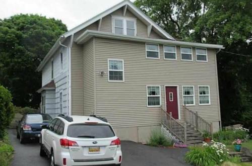505-507 Mosley Drive Photo 1