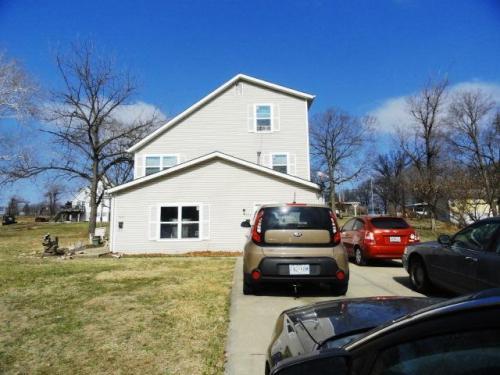5612 NE Barnes Avenue Photo 1
