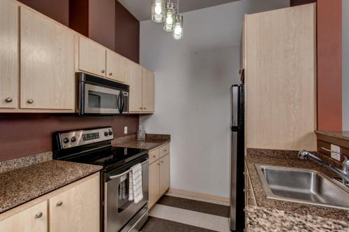 425 23rd Avenue #A302 Photo 1