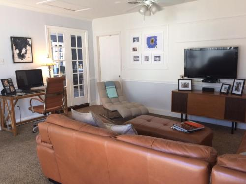 9318 Clearwater Drive #FURNISHED Photo 1