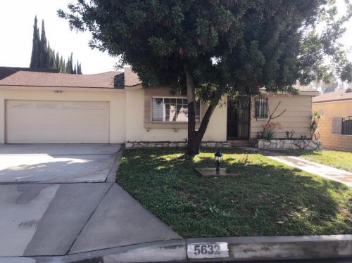 5632 Glickman Avenue Photo 1