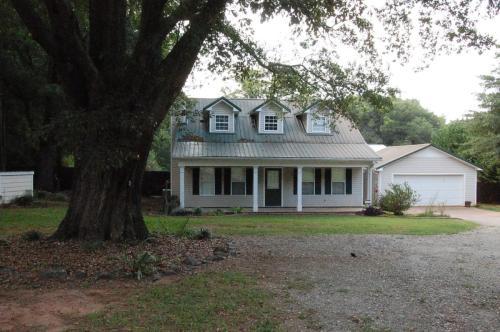 1151 Garrett Road Photo 1