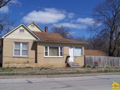 501 E Ohio Street Photo 1