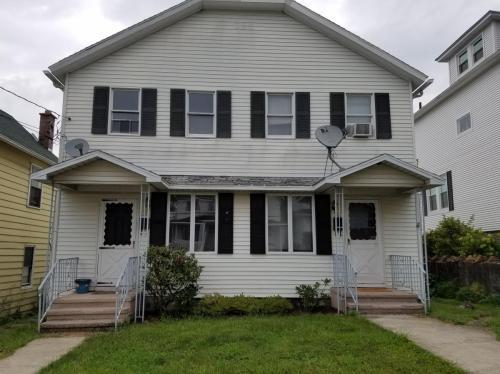 133 E Grove Street Photo 1