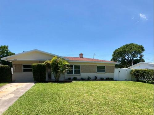 Awe Inspiring Pinellas County Fl Houses For Rent 814 Rentals Available Download Free Architecture Designs Lectubocepmadebymaigaardcom