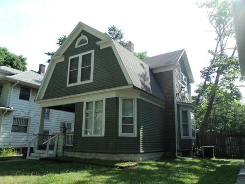 1836 Crescent Avenue Photo 1