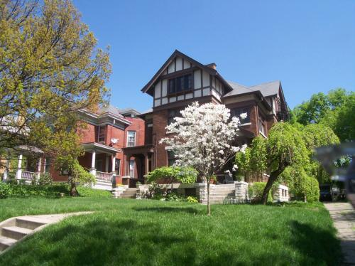3418 Cornell Place Photo 1