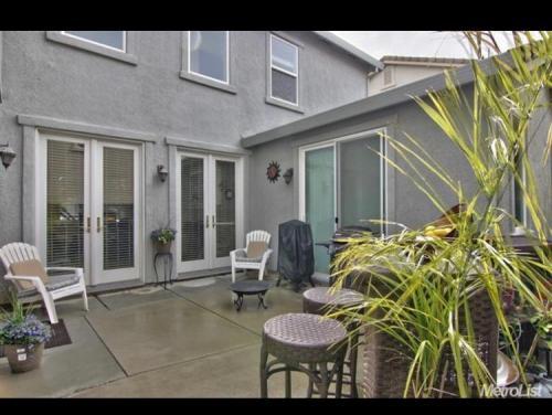 958 Courtyards Loop Photo 1