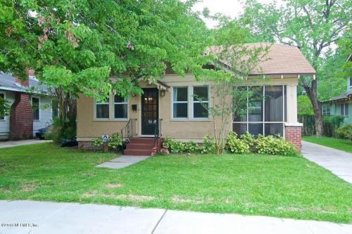 2635 Green Street Photo 1