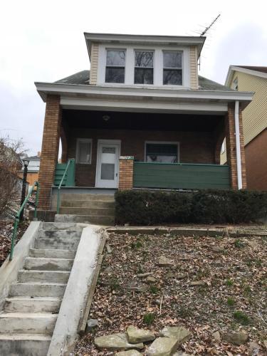 323 Reifert Street Photo 1