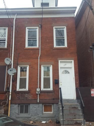 550 Lamberton Street Photo 1