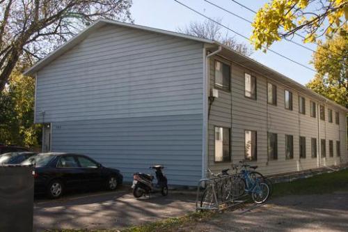 942 15th Avenue SE Photo 1