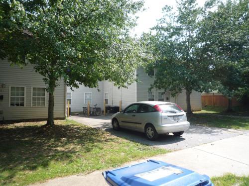 464 Calhoun Street NW Photo 1