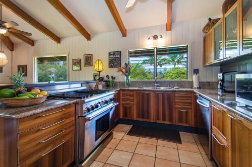4781 Kahiliholo Road Photo 1