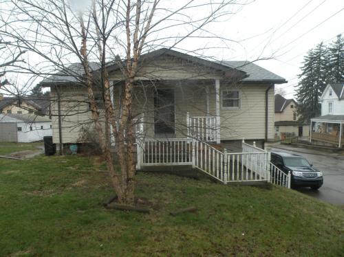 495 Donnan Avenue Photo 1