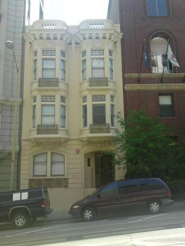 830 Powell Street #3 Photo 1