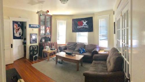 33 Fairbanks Street Photo 1
