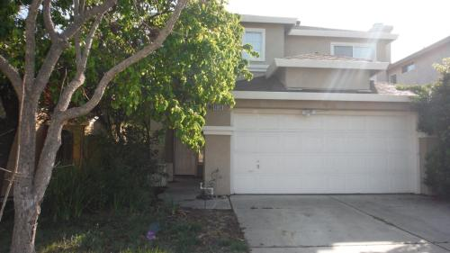 4536 Waterford Way Photo 1