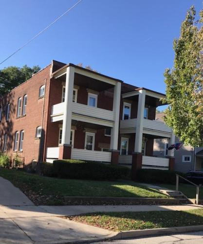 1472 Lakewood Avenue #1 Photo 1