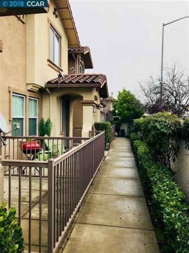 214 Carmel Street Photo 1