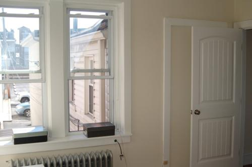 426 Penn Avenue #2ND FLOOR FRONT Photo 1