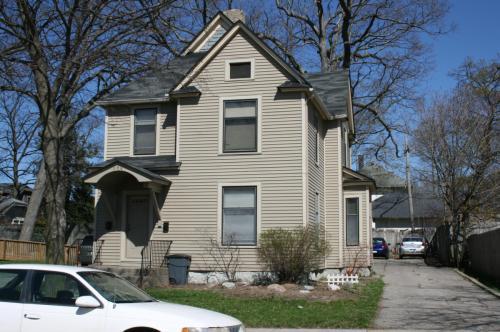 366 Woodmere Avenue SE #1 Photo 1