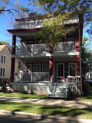 408 S Mills Street #123 Photo 1