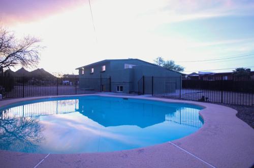 5315 S San Joaquin Avenue Photo 1
