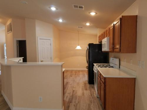 8420 Carbon Heights Court Photo 1