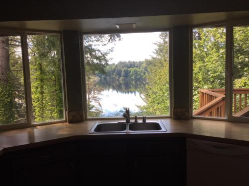 6031 Lake Saint Clair Drive SE Photo 1