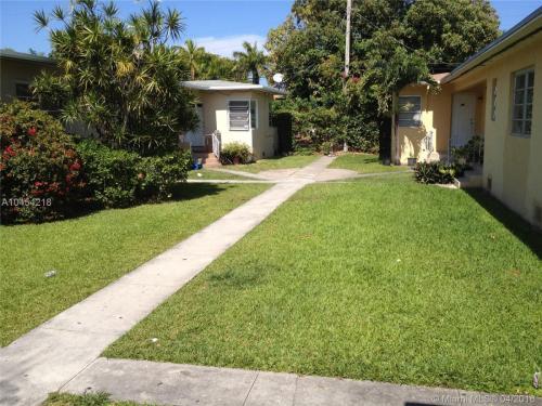 2165 Bay Drive Photo 1