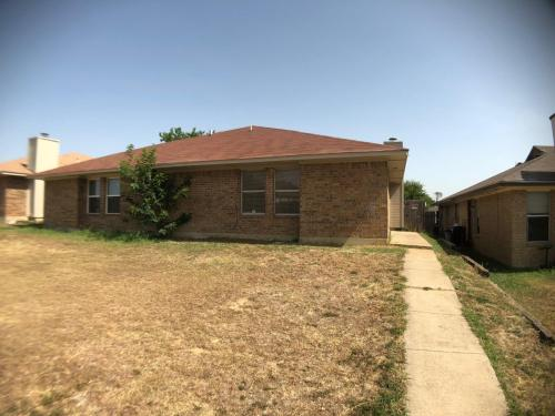 3407 Republic Drive Photo 1