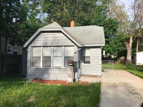 28441 Fairfax Street Photo 1
