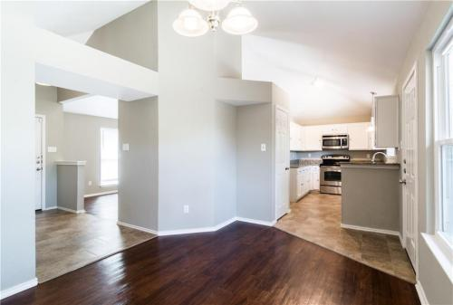 210 Periwinkle Drive Photo 1