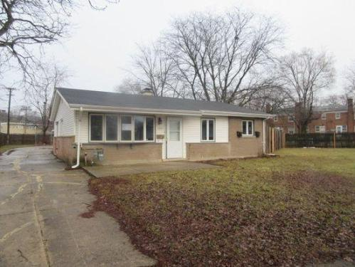 1371 Forest Avenue Photo 1